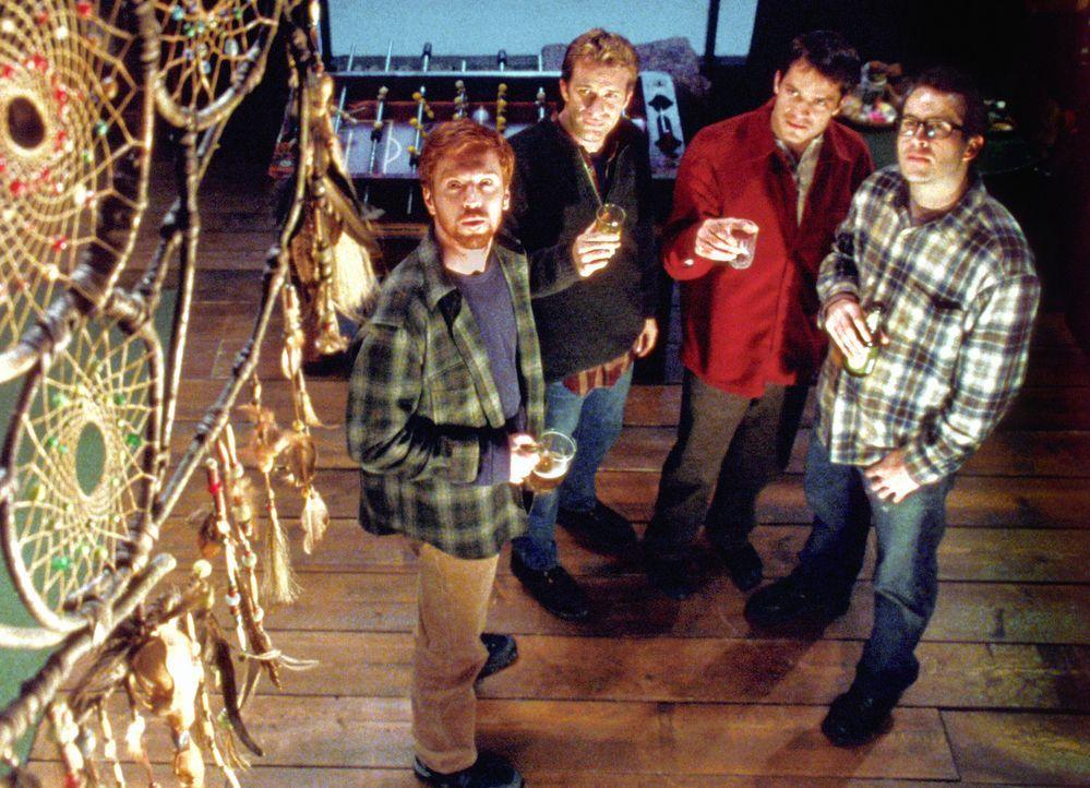 Jedes Jahr treffen sich die vier Freunde (v.l.n.r.) Jonesy (Damian Lewis), Henry (Thomas Jane), Pete (Timothy Olyphant) und Beaver (Jason Lee) in ei... - Bildquelle: Warner Bros.