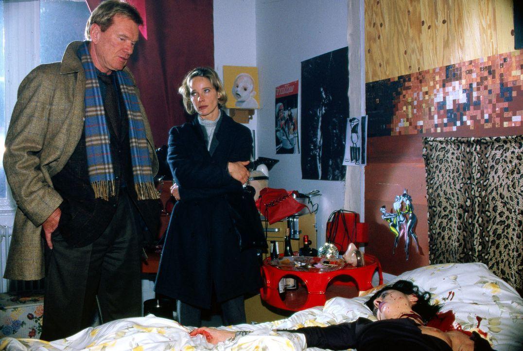 Ein unheimlicher Serienmörder treibt sein Unwesen. Kommissarin Michelle Eisner (Ann-Kathrin Kramer, M.) hofft, über die Zusammenarbeit mit dem Pol... - Bildquelle: Sat.1