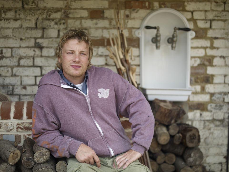 """(2. Staffel) - In """"Jamie at home"""" widmet sich Jamie Oliver nicht nur seiner Leidenschaft für das Kochen von leckeren Gerichten aus frischen Zutaten... - Bildquelle: Fremantle"""