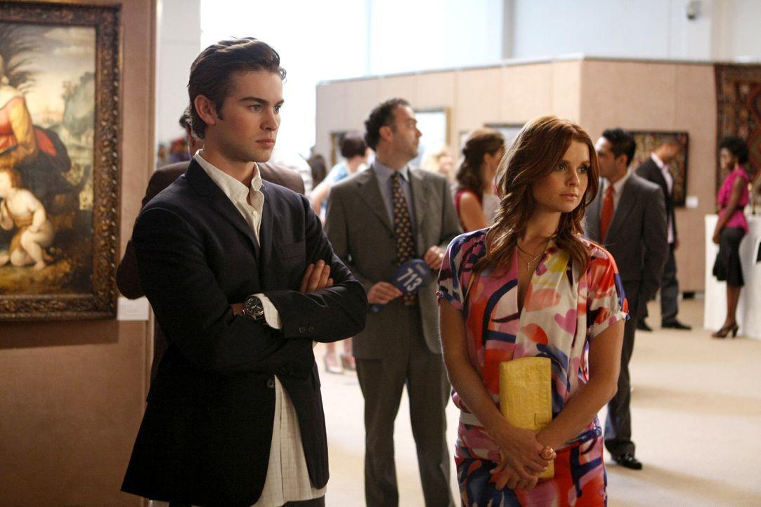 Zeigen sich zum ersten Mal in der Öffentlichkeit: Bree (Joanna Garcia, r.) und Nate (Chace Crawford, l.) ... - Bildquelle: Warner Brothers