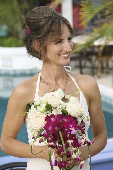 Eine glückliche Braut: die Lady (Kit Pongetti) ... - Bildquelle: Touchstone Television