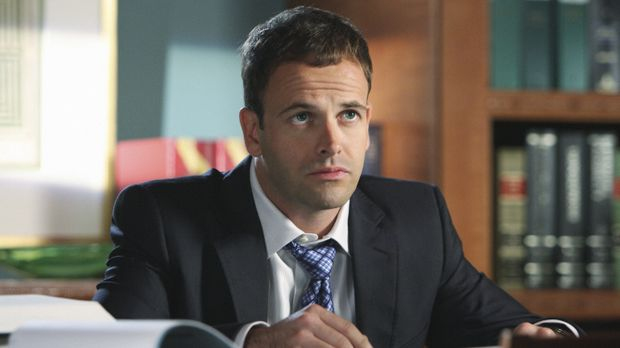 Ist in Ashley verliebt: Eli Stone (Jonny Lee Miller) ... © Disney - ABC Inter...