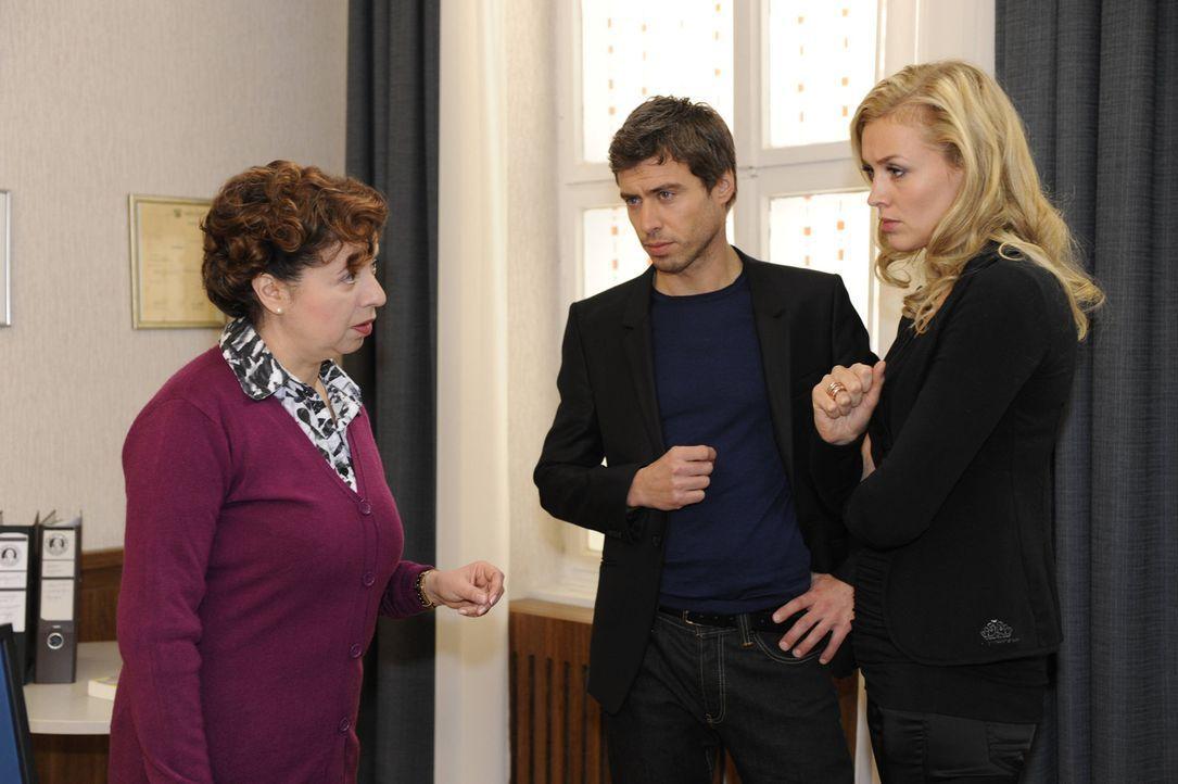 Nachdem Gabriele ihre Sorge darüber geäußert hat, dass für Bea und Alexandra an der Schule nicht genügend Platz ist, fasst Ingrid (Franziska Tr... - Bildquelle: SAT.1