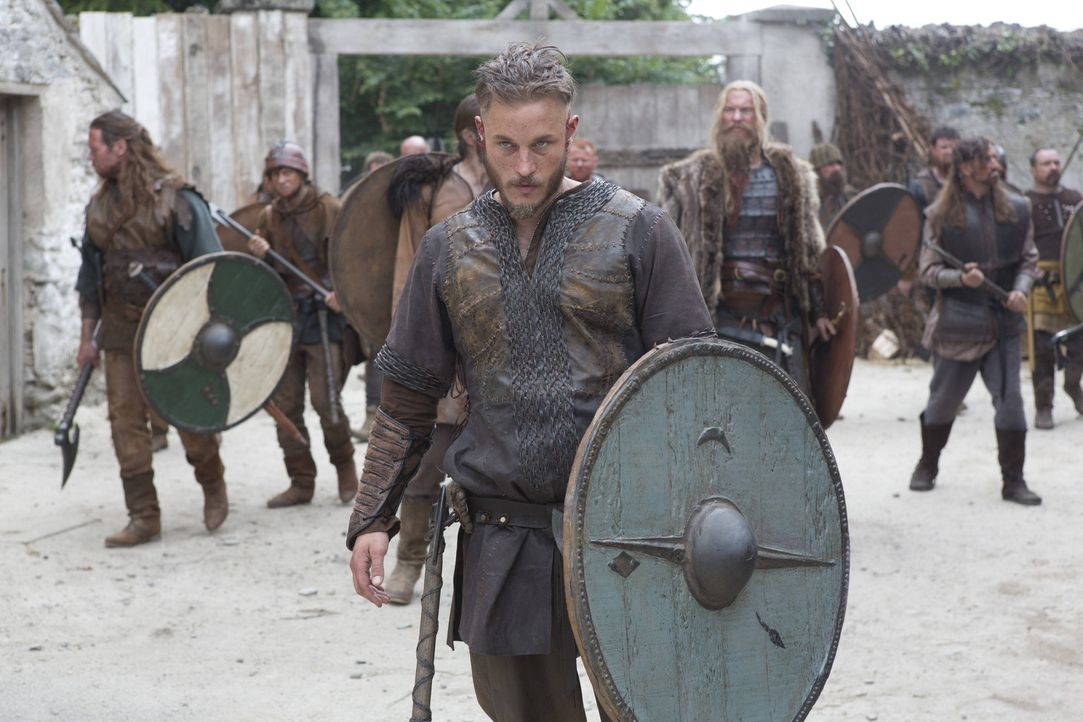 1. Staffel - Wikinger Ragnar Lothbrok (Travis Fimmel) träumt davon, den Westen zu besegeln und die neuen Länder sowie Zivilisationen zu erforschen.... - Bildquelle: Jonathan Hession 2013 TM TELEVISION PRODUCTIONS LIMITED/T5 VIKINGS PRODUCTIONS INC. ALL RIGHTS RESERVED.