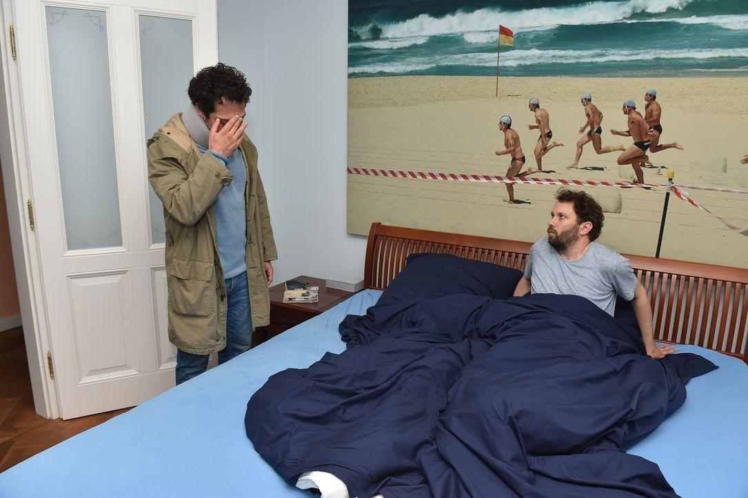 Christian und Fahri lernen bei einem Kochkurs Paul Keuter kennen. Paul und C... - Bildquelle: Andre Kowalski maxdome/ ProSieben/Andre Kowalski