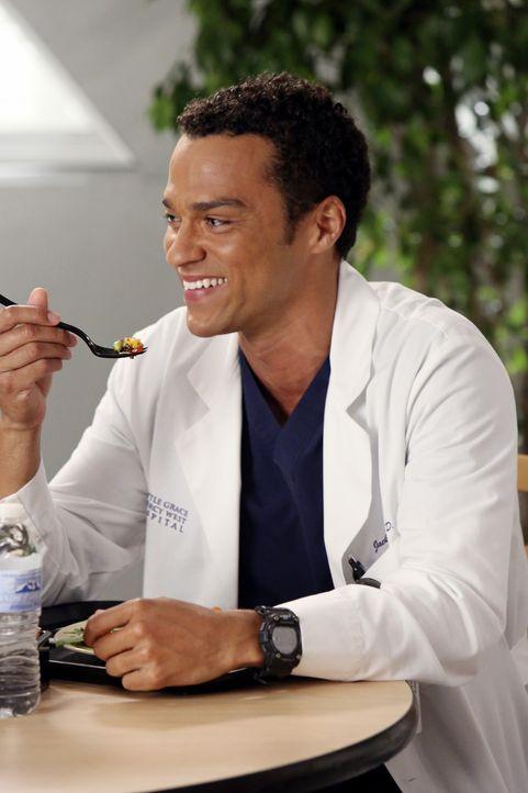 Amüsiert sich über das gnadenlose Regime von Meredith: Jackson (Jesse Williams) ... - Bildquelle: ABC Studios