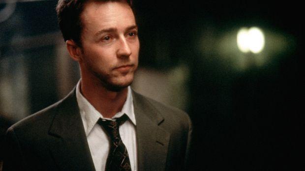 Der frustrierte Büroangestellte Jack (Edward Norton) möchte aus seinem Alltag...