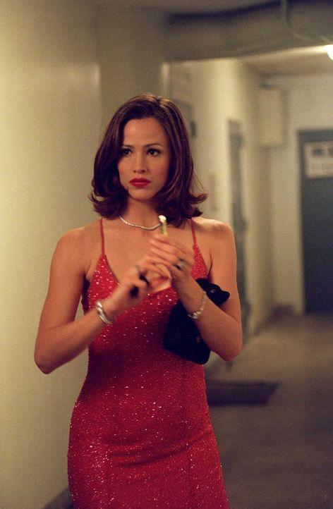 Noch ahnt Agentin Sydney Bristow (Jennifer Garner) nicht, dass sie in Wirklichkeit nicht für eine Abteilung der CIA arbeitet, sondern für einen Fe... - Bildquelle: Touchstone Television