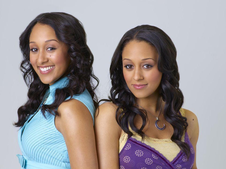 Auf der Suche nach ihrem verschollenen Vater: die Zwillingshexen Camryn (Tamera Mowry, l.) und Alex (Tia Mowry, r.) ... - Bildquelle: Disney - ABC - ESPN Television