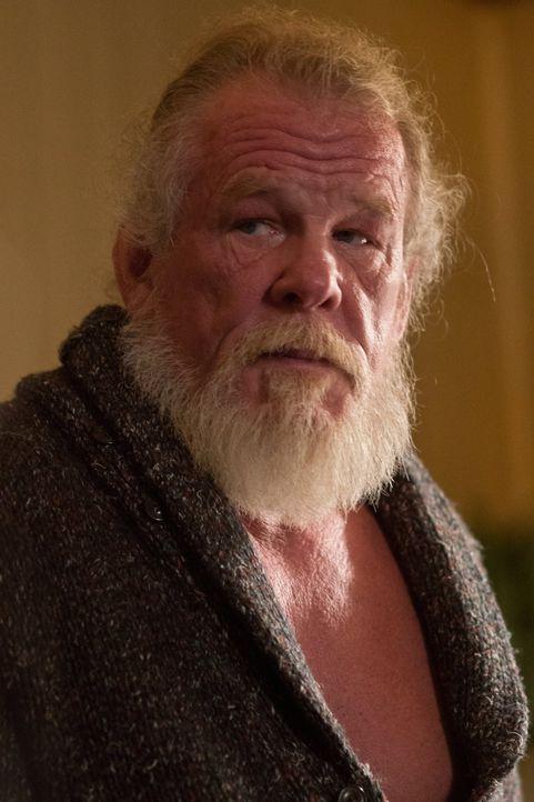 Kann Eddie (Nick Nolte) Jimmy und seinem Sohn helfen? - Bildquelle: 2013 Warner Bros.