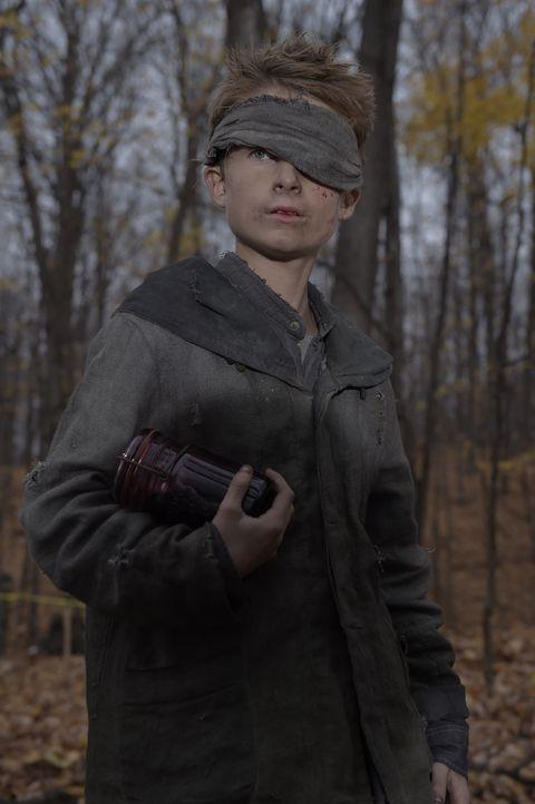 Wird Soren (Cameron Brodeur) Kyle helfen und damit sein eigenes Leben riskieren? - Bildquelle: Philippe Bosse 2014 Syfy Media, LLC
