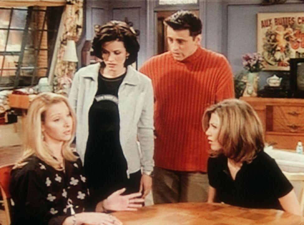 Eine Massagepatientin ist Phoebe (Lisa Kudrow, l.) unter den Händen gestorben und die Seele der Frau ist in Phoebe gefahren. - Bildquelle: TM+  2000 WARNER BROS.