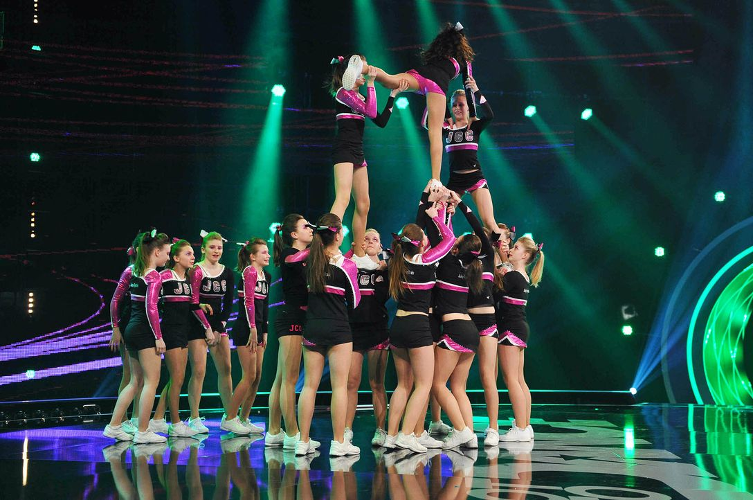 Got-To-Dance-Juicy-Chrystals-Cheerleader-02-SAT1-ProSieben-Willi-Weber - Bildquelle: SAT.1/ProSieben/Willi Weber